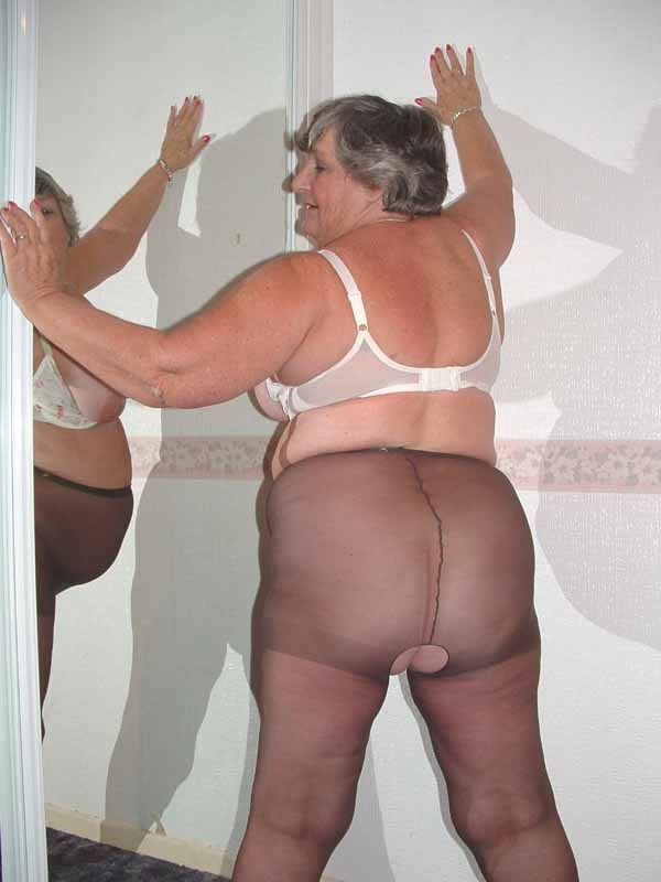 Ramming naked old granny