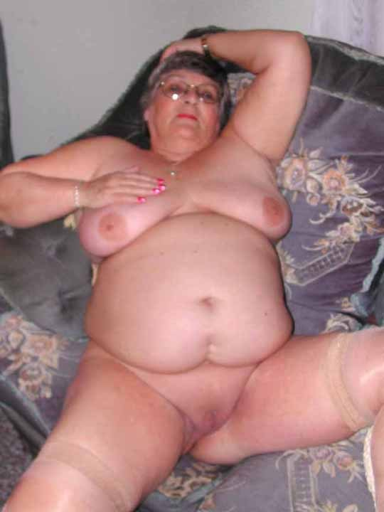 Bbw Wine - Dirty granny inserts wine bottle into pussy » Dirty granny ...
