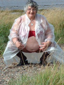Granny flashing on the river Severn