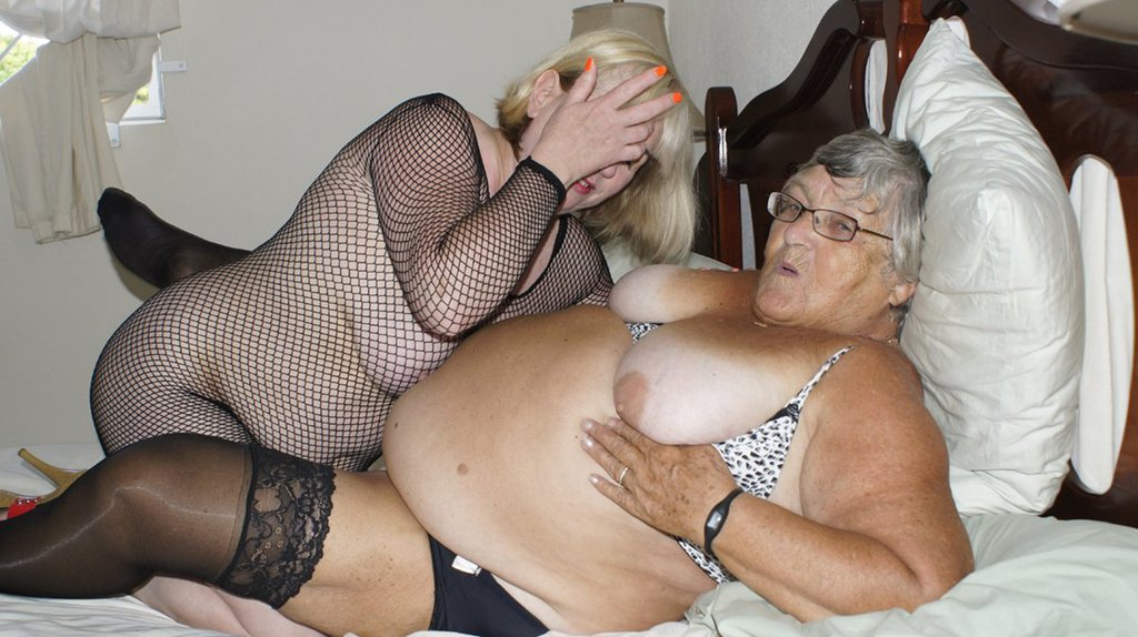 Thickalicious! fat granny having sex Tolles