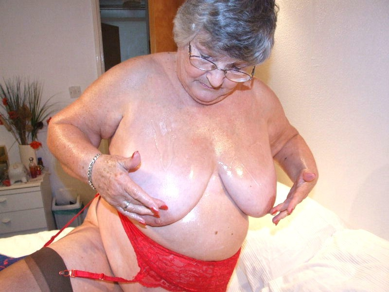 randy granny gets oiled up for masturbation